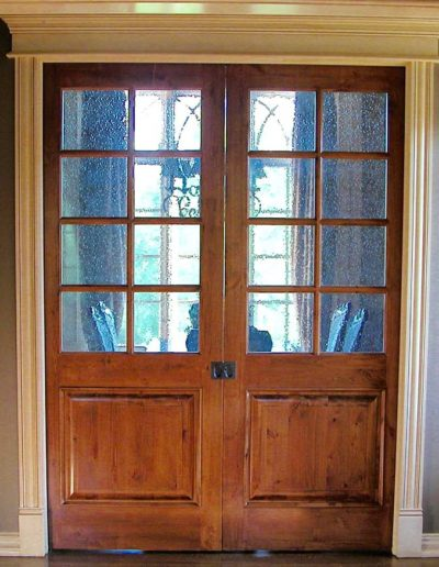 Pocket-Doors-with-Seeded-Glass