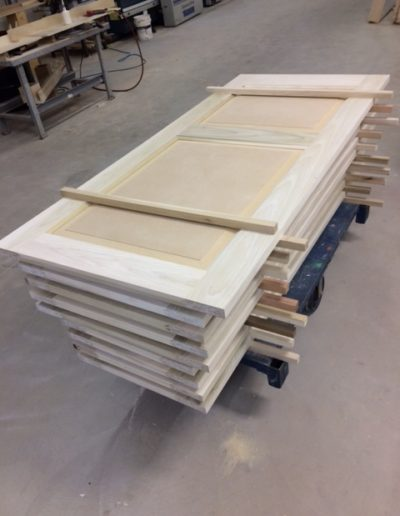 Poplar-Interior-Doors-with-MDF-Panels